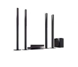 Panasonic Blu-Ray Home Theater System (SC-BTT785GSK)
