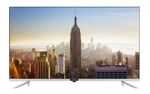 "Skyworth 32"" LED HD Smart TV"