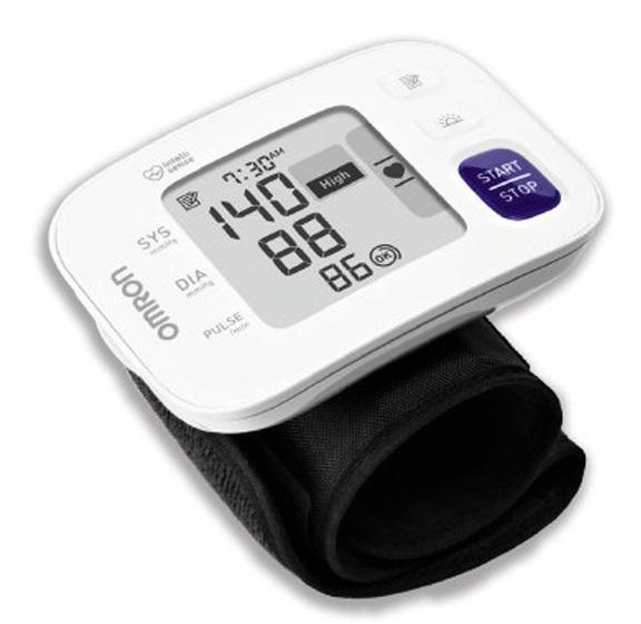 Omron RS4 Wrist BP Monitor (HEM-6181-E) | Buy Online | Ubuy